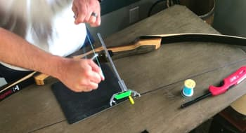 learn how to tie a nocking point on a recureve bow-use glue stick